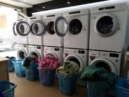 Cửa hàng giặt là quy mô nhỏ